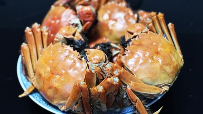 大闸蟹、美食、 摄影 俱可欣_副本.jpg