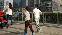 奔跑的小朋友 晒 经济日报-中国经济网记者 付云鹏 摄 拍摄时间 20180421 上海.jpg